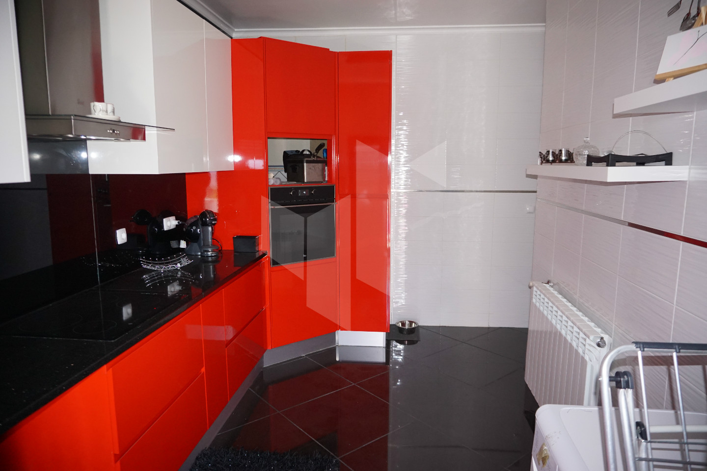Apartamento  T3, Currelos, Papízios e Sobral